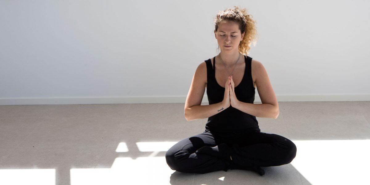 yoga på tanumstrand