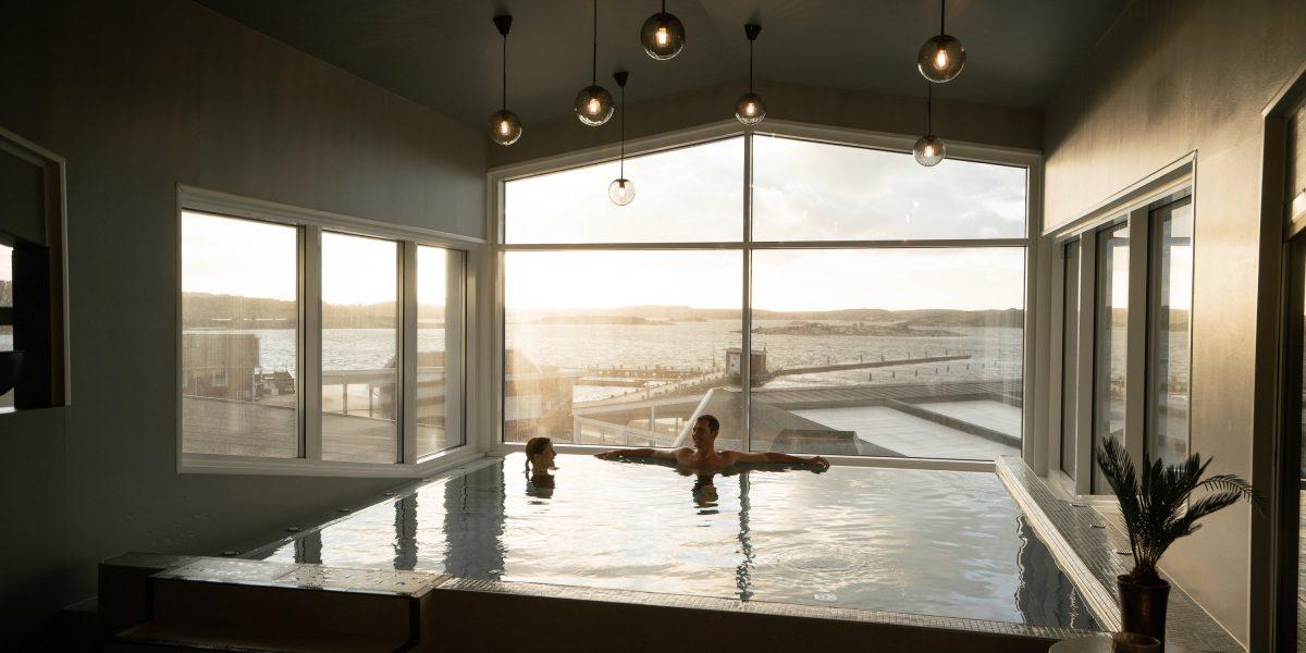 Spahotell med havsutsikt vid havet i Bohuslän på Västkusten i Västsverige