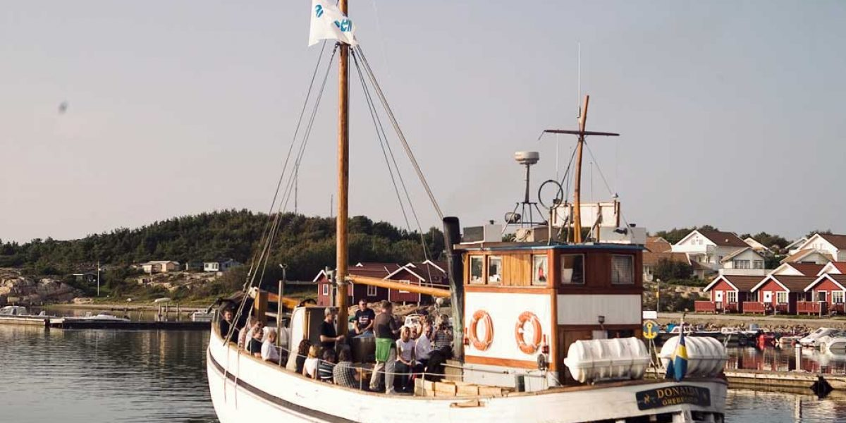 Donalda med avgångar från gästhamnen på TanumStrand i Grebbestad