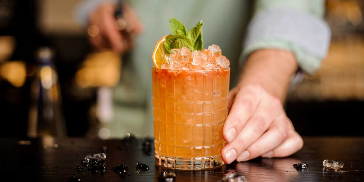 Bartender cocktail beach club